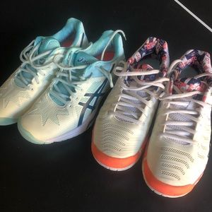 Tennis shoes bundle (2 pair)